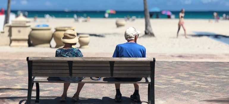 Retirement guide for New Yorkers recommend you moving to warmer climate