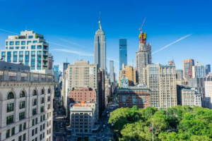 NYC Living: 9 Reasons to Move to Manhattan